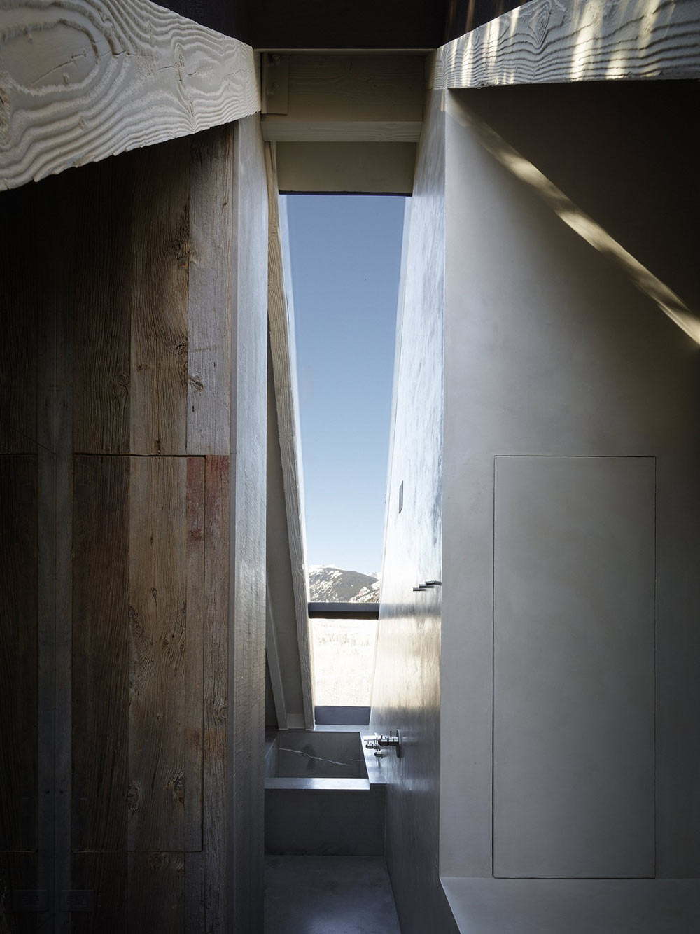 Bathroom, Metal Bath, La Muna, Aspen, Colorado by Oppenheim Architecture + Design