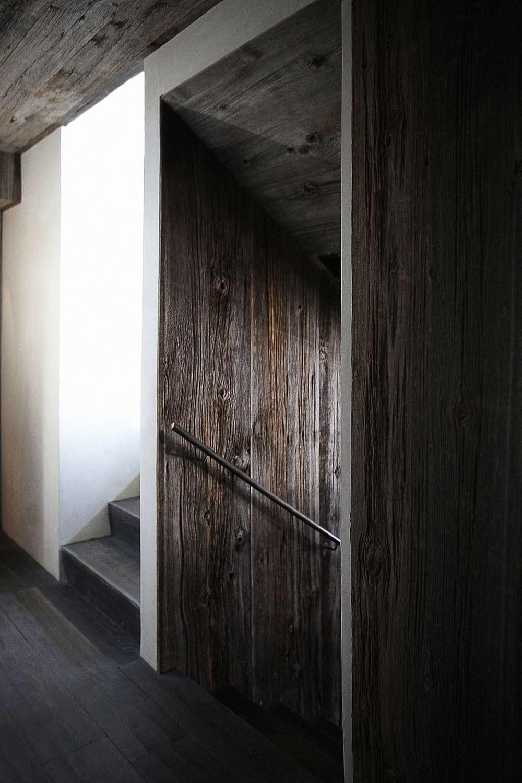 Wooden Stairs, La Muna, Aspen, Colorado by Oppenheim Architecture + Design