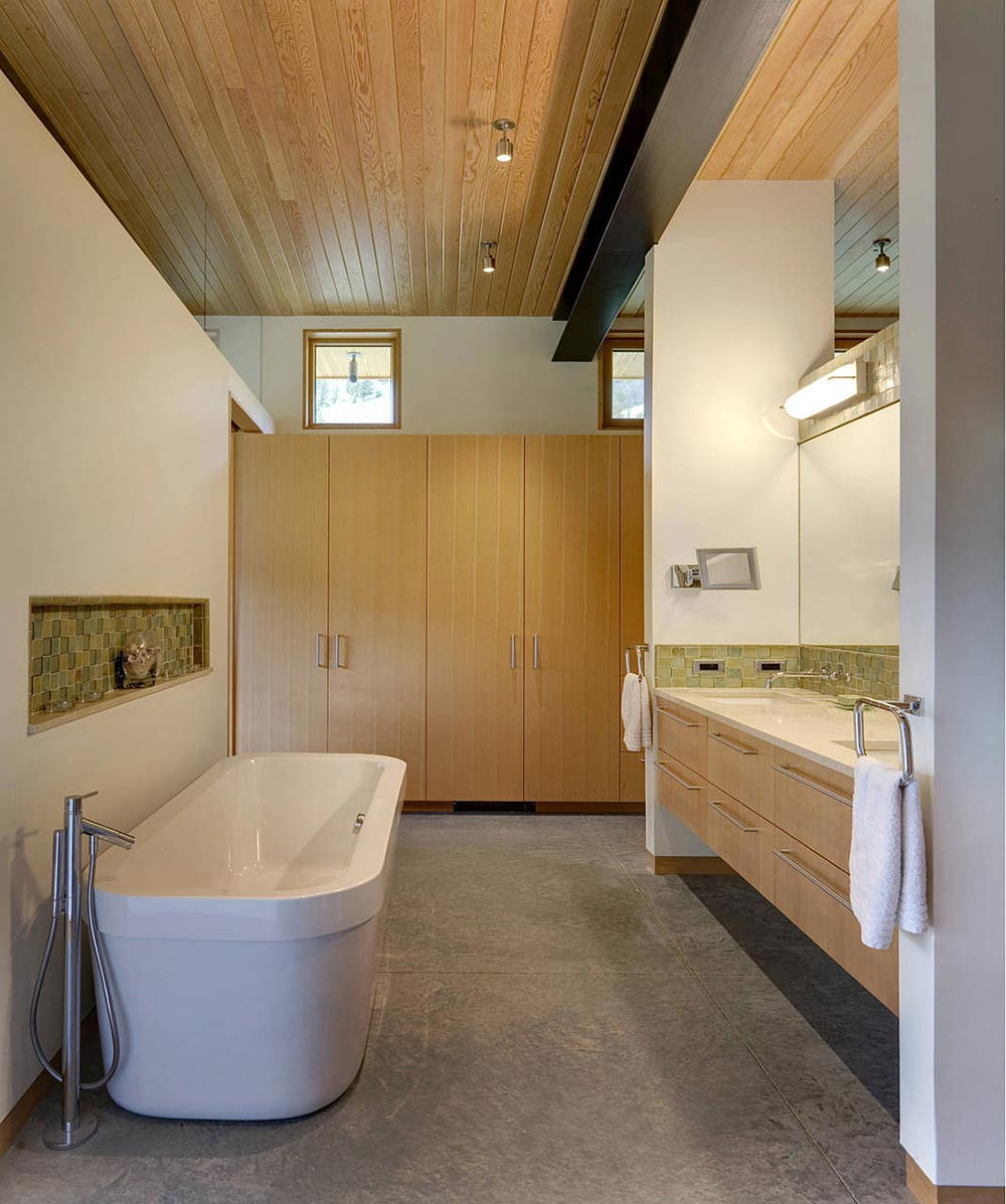 Bathroom, River Bank House, Montana by Balance Associates Architects