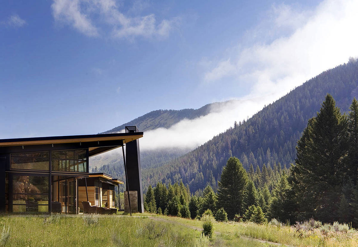 Mountain Views, Outdoor Living, River Bank House, Montana by Balance Associates Architects