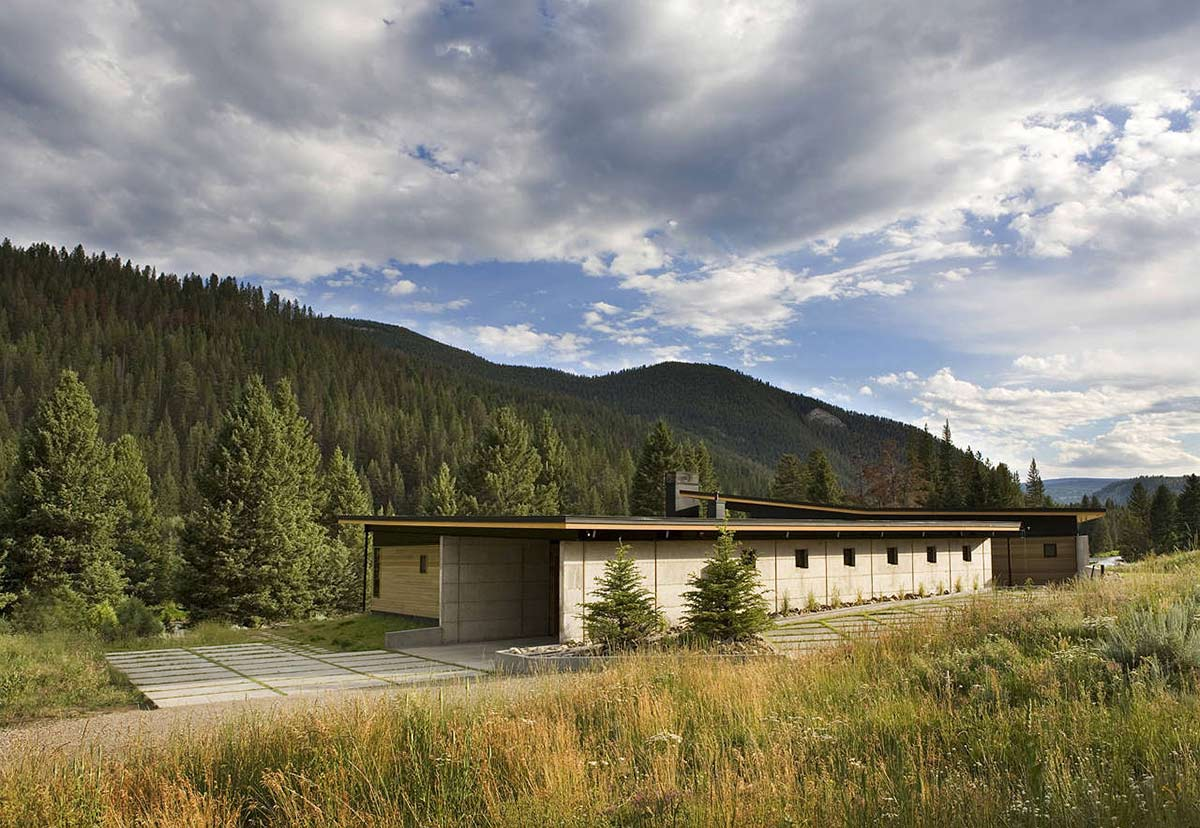 River Bank House, Montana by Balance Associates Architects