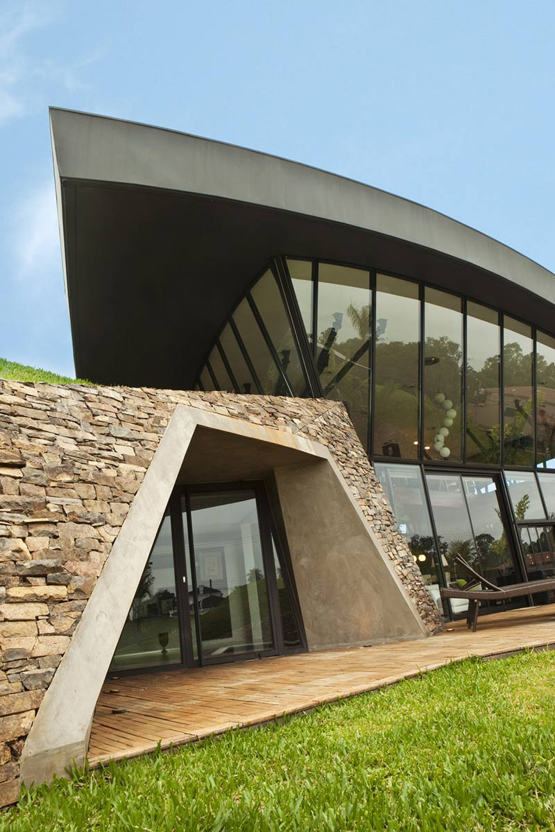 Patio Doors, Glass Walls, Two Homes in Luque, Paraguay, by Bauen