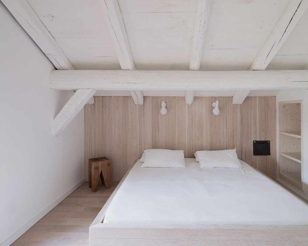 White Bedroom, Beams, Villa Solaire, Morzine, France by JKA + FUGA