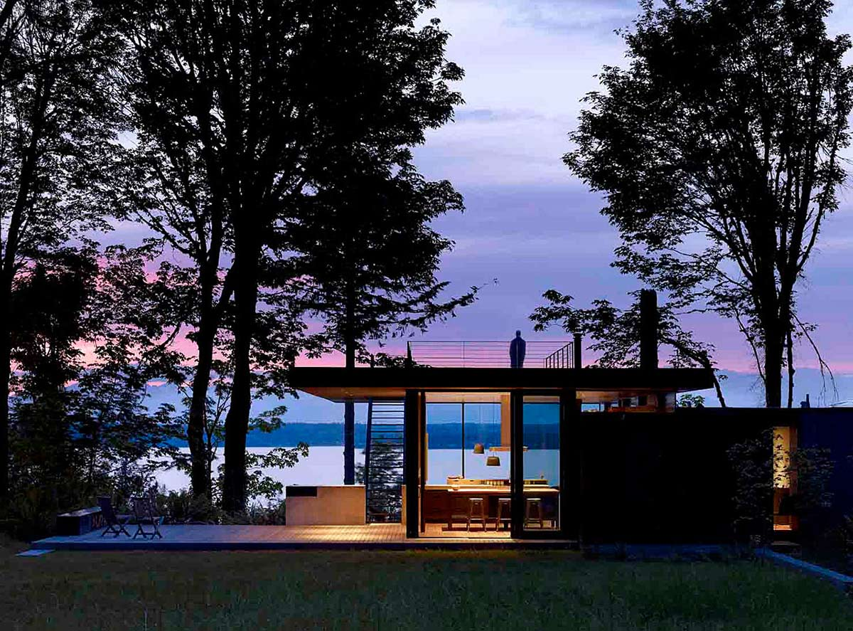 Rooftop Views, Vacation Home with Amazing Inlet Views in Washington