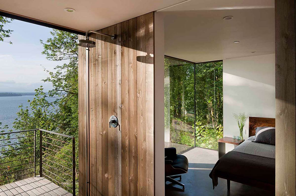 Shower, Bedroom, Vacation Home with Amazing Inlet Views in Washington