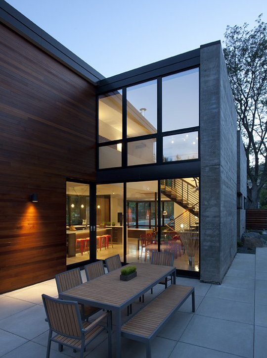 Outdoor Dining, Glass Walls, Dihedral House, Boulder, Colorado