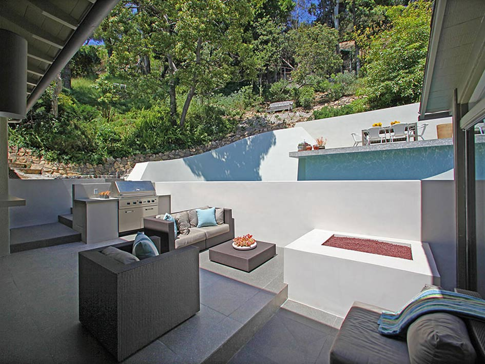 Outdoor Living, Dining, Hollywood Hills Home Formerly Owned by Hal Levitt
