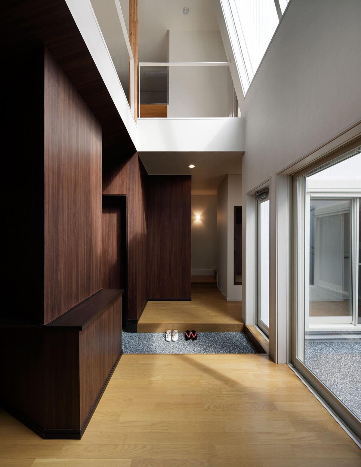 Patio Doors, Hansha Reflection House, Nagoya, Japan