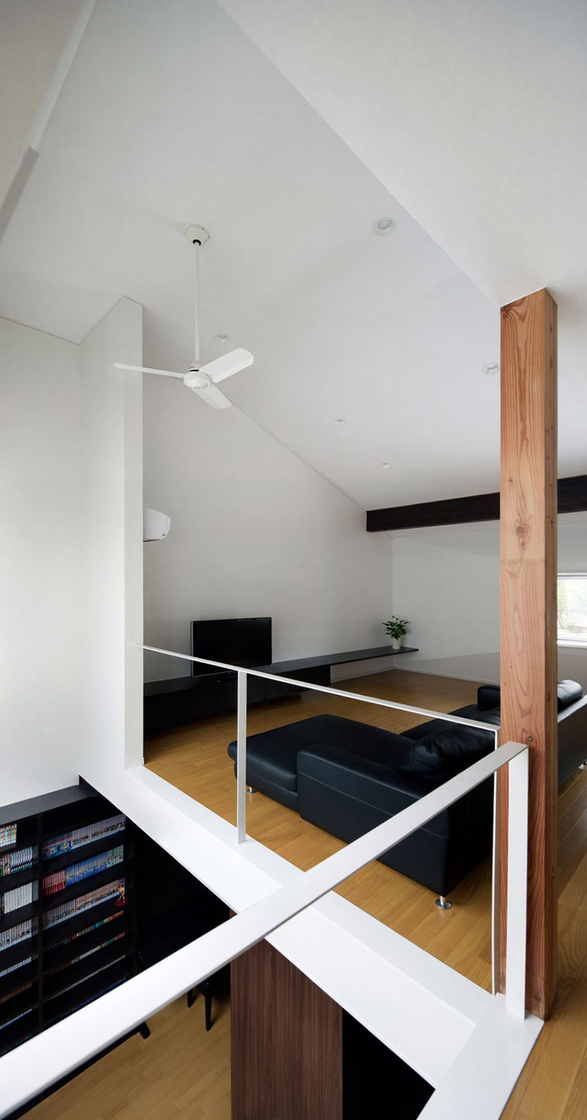 Living Space, Wooden Flooring, Black Sofa, Hansha Reflection House, Nagoya, Japan