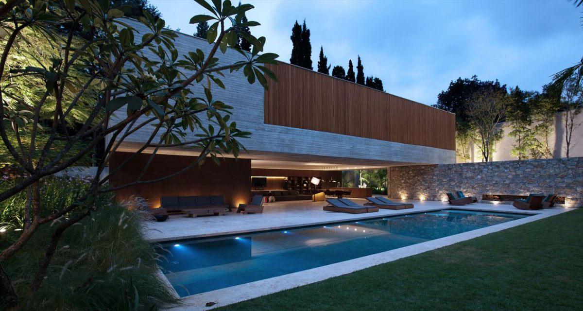 Pool, Stone Wall, Concrete House in São Paulo, Brazil