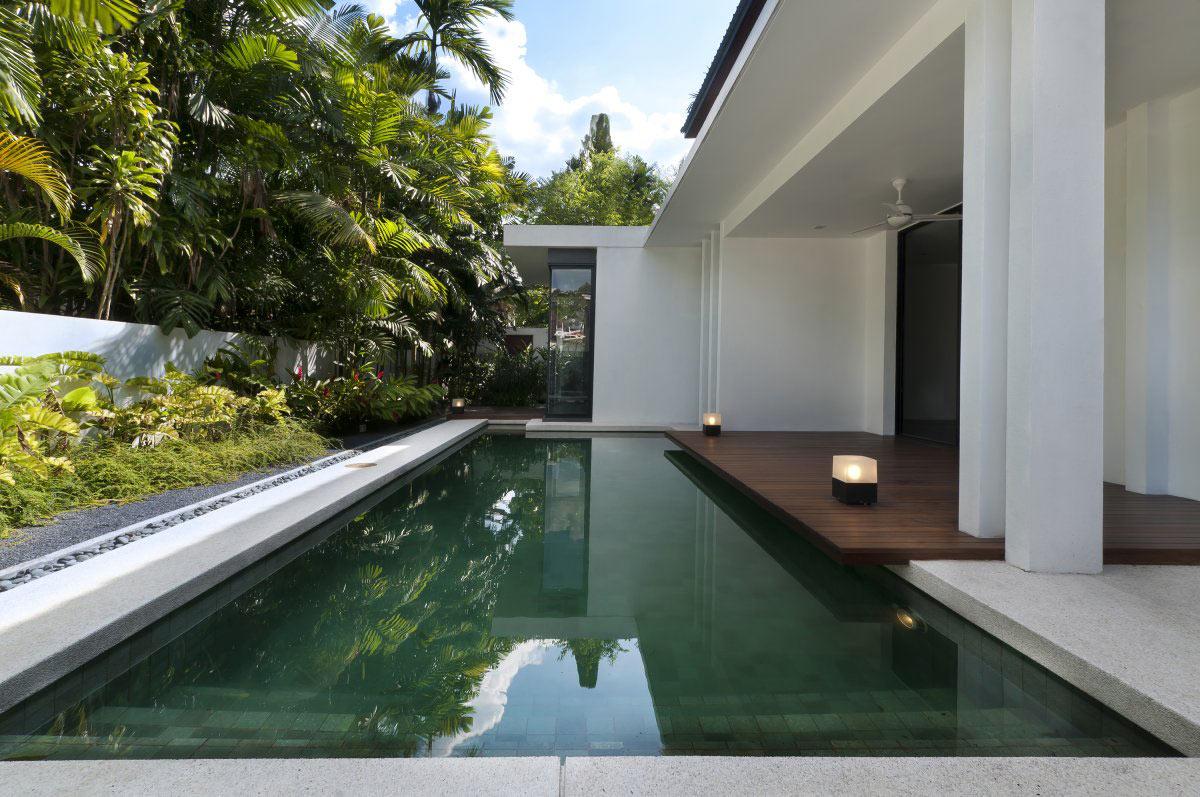 Outdoor Pool, Modern Home in Kuala Lumpur