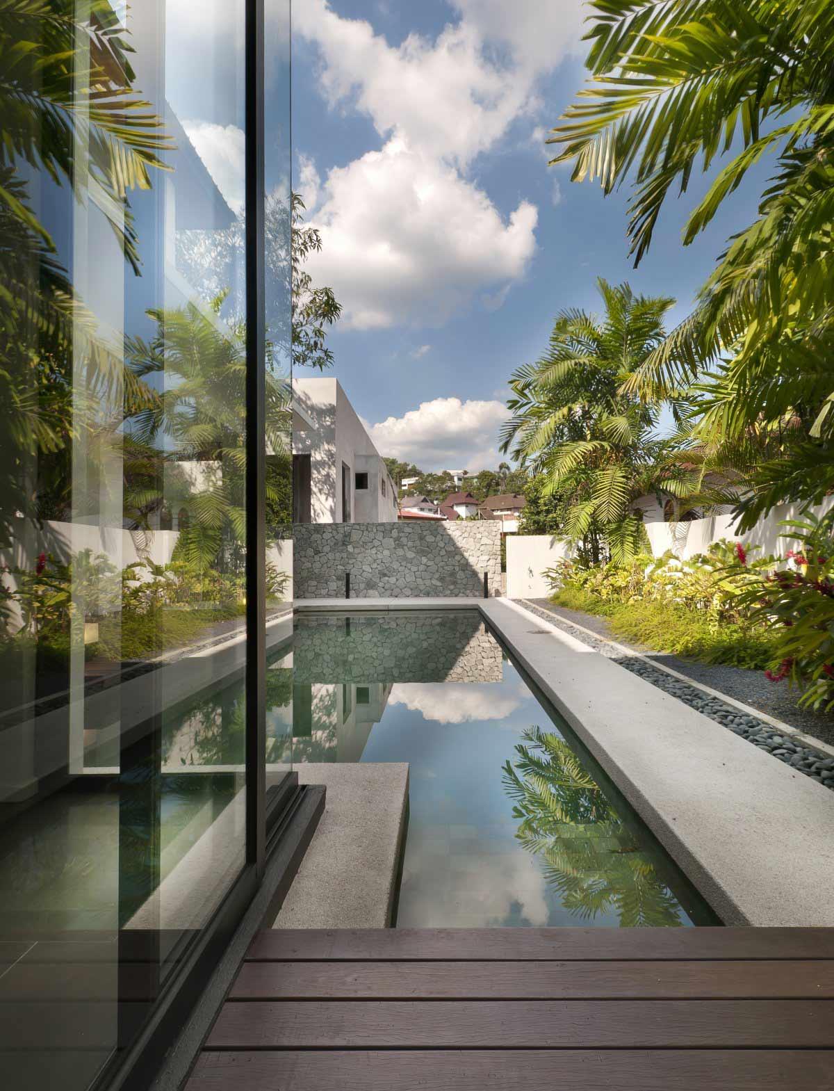 Pool, Garden, Modern Home in Kuala Lumpur