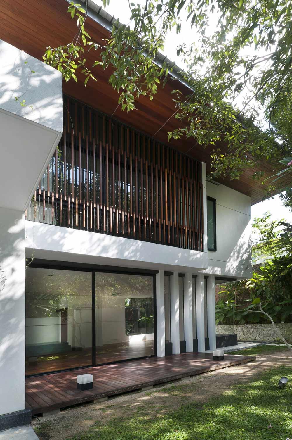 Wooden Deck, Patio Doors, Modern Home in Kuala Lumpur