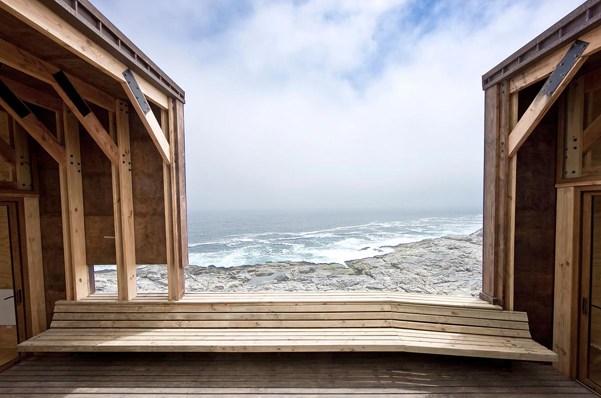 Sea View, Wooden Deck, Beachfront Home in Chile