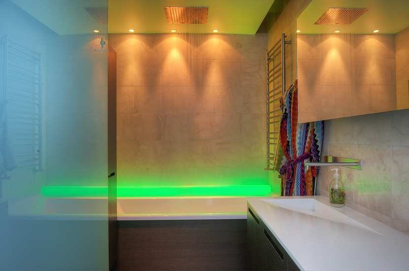 Bathroom, Green Lighting, Contemporary Loft Apartment in Stockholm