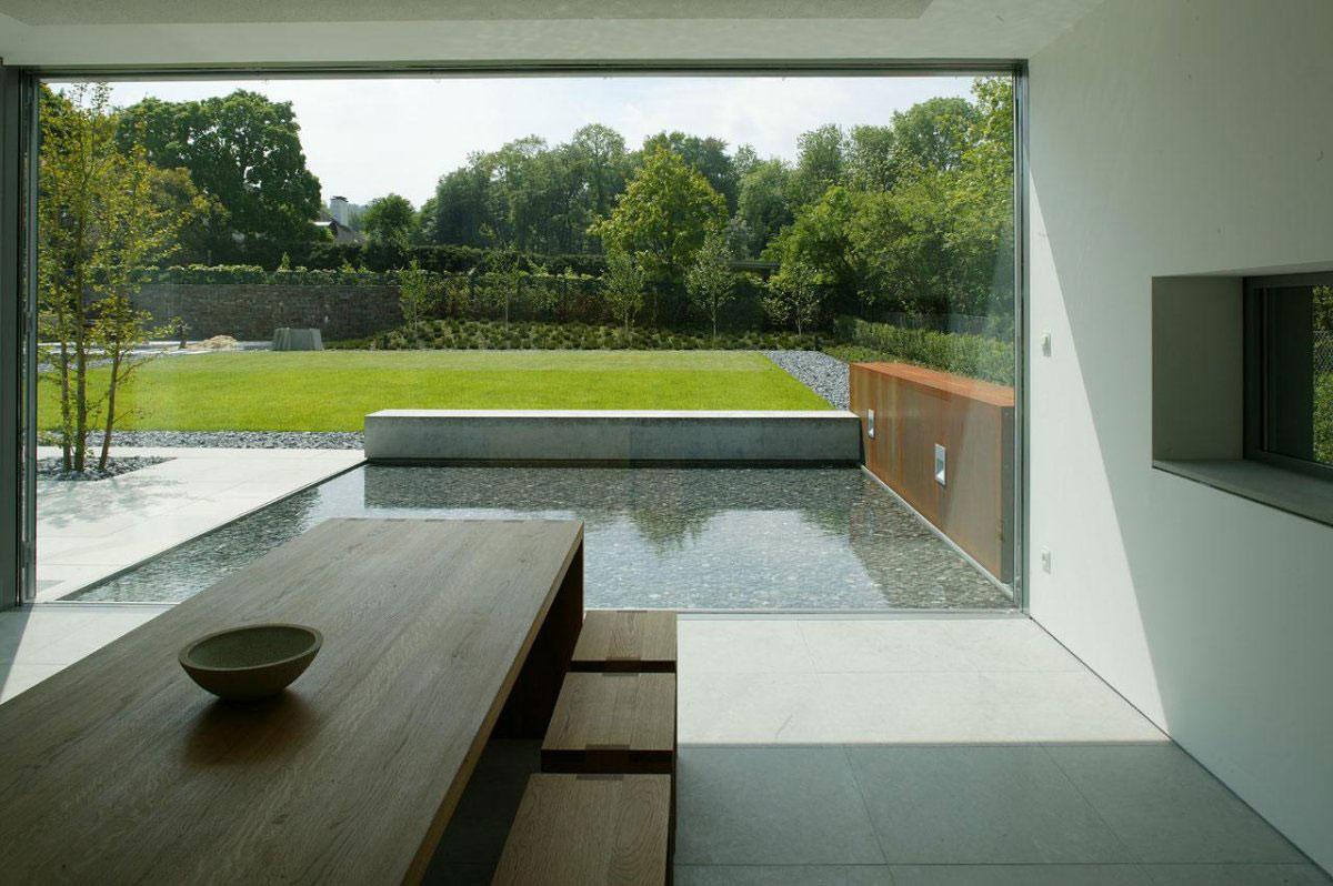 Dining Room Table, Garden View, Möllmann Residence in Bielefeld, Germany