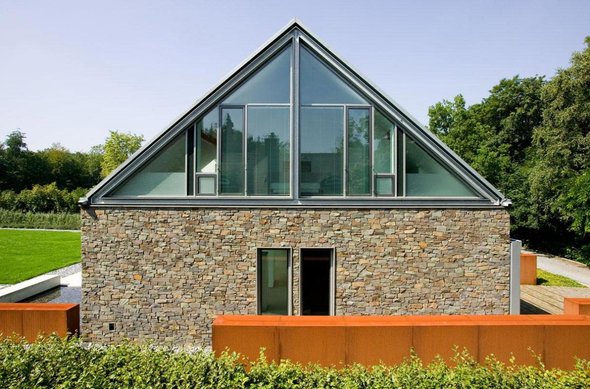 Double Pitched Roof M Llmann Residence In Bielefeld Germany