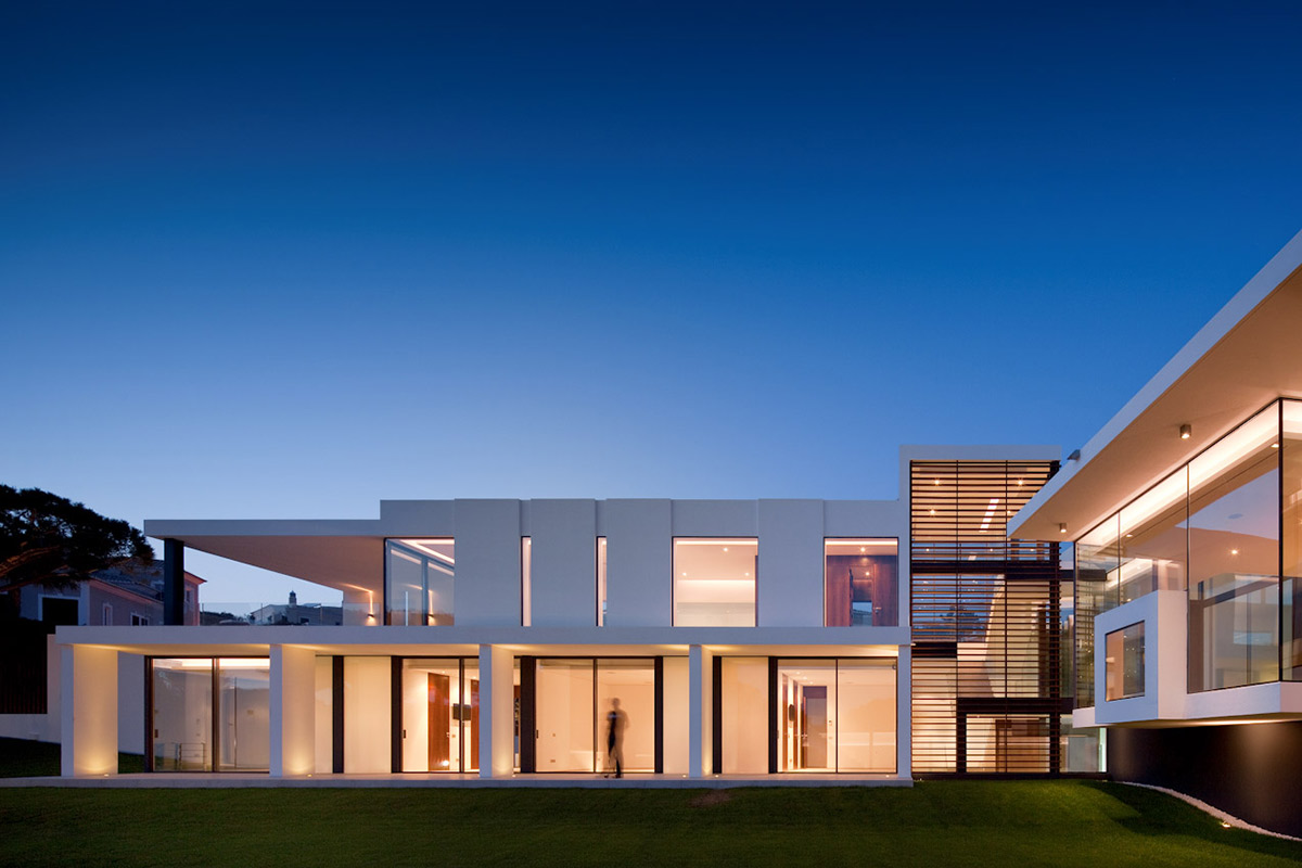 Lighting, Modern Home with a Unique Suspended Pool in Portugal
