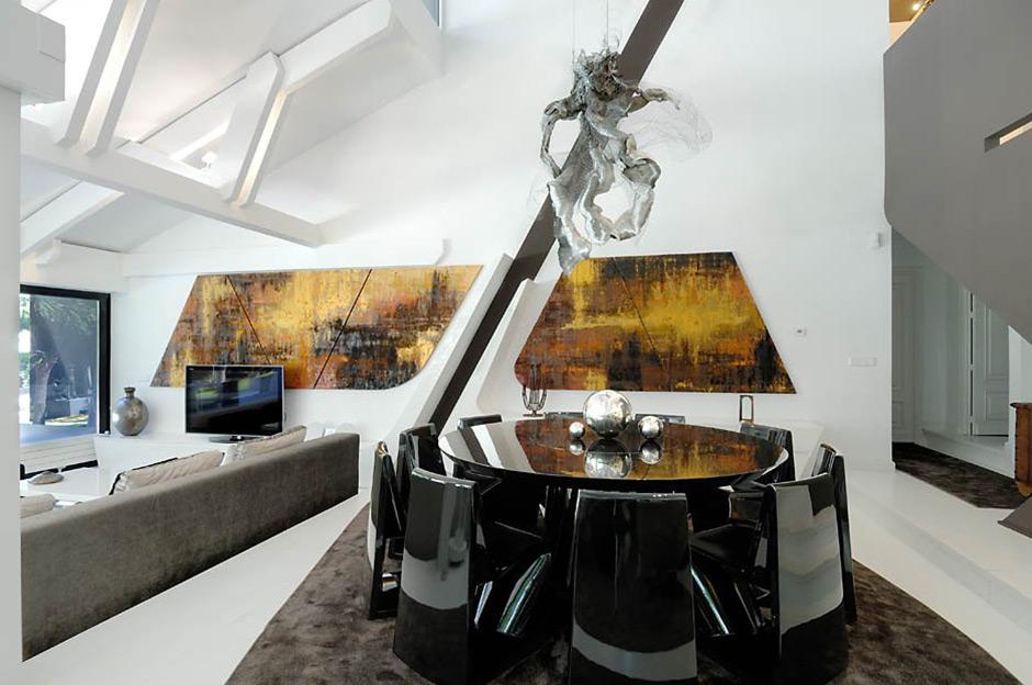 Open Plan Dining, Living, Modern Renovation in Madrid, Spain