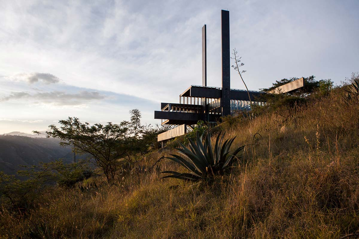 Mountain Home with Incredible Views in Ecuador