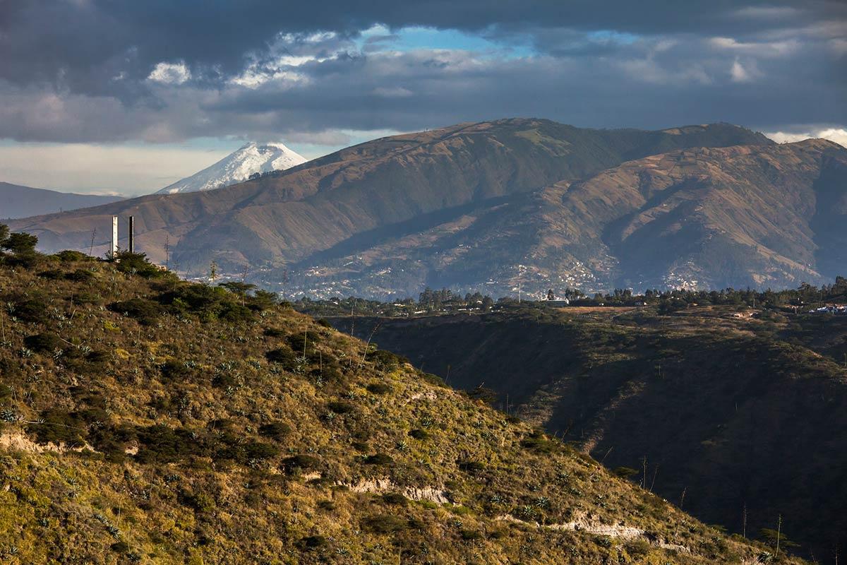 Stunning Views, Mountain Home in Ecuador
