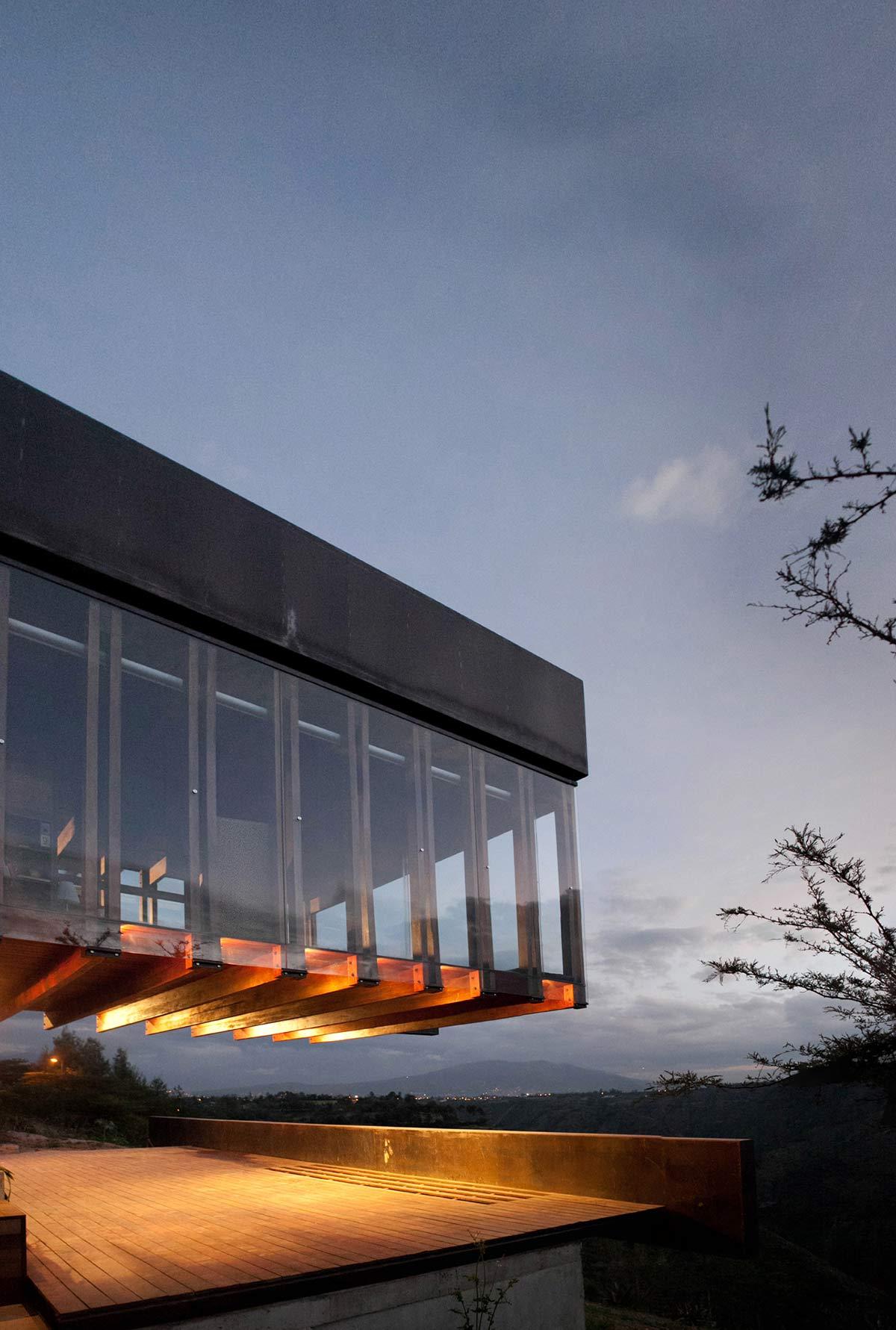 Terrace, Mountain Home with Incredible Views in Ecuador