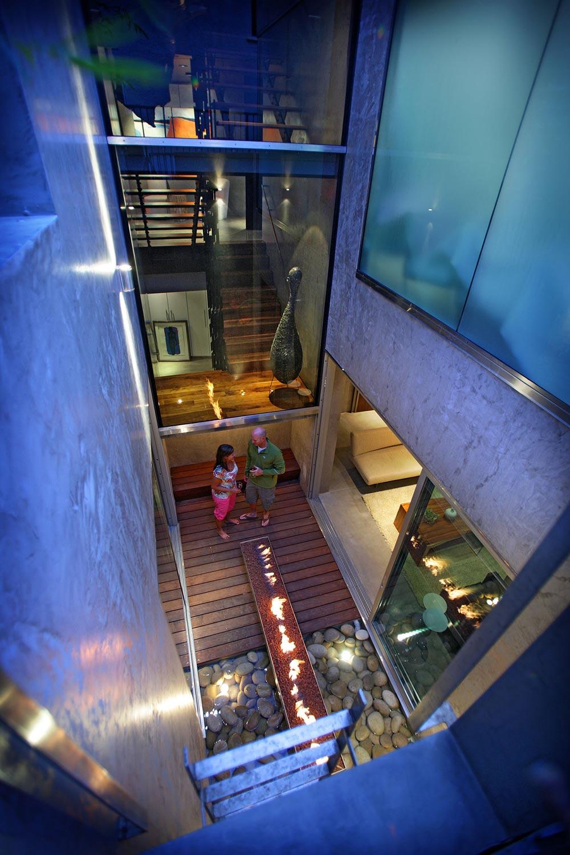 Courtyard, Exquisite Ocean Front Residence in La Jolla, California