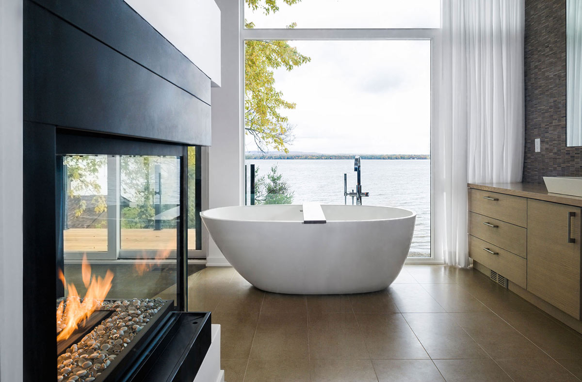 Bathroom, River Views, Fireplace, Riverside Home in Ottawa, Canada