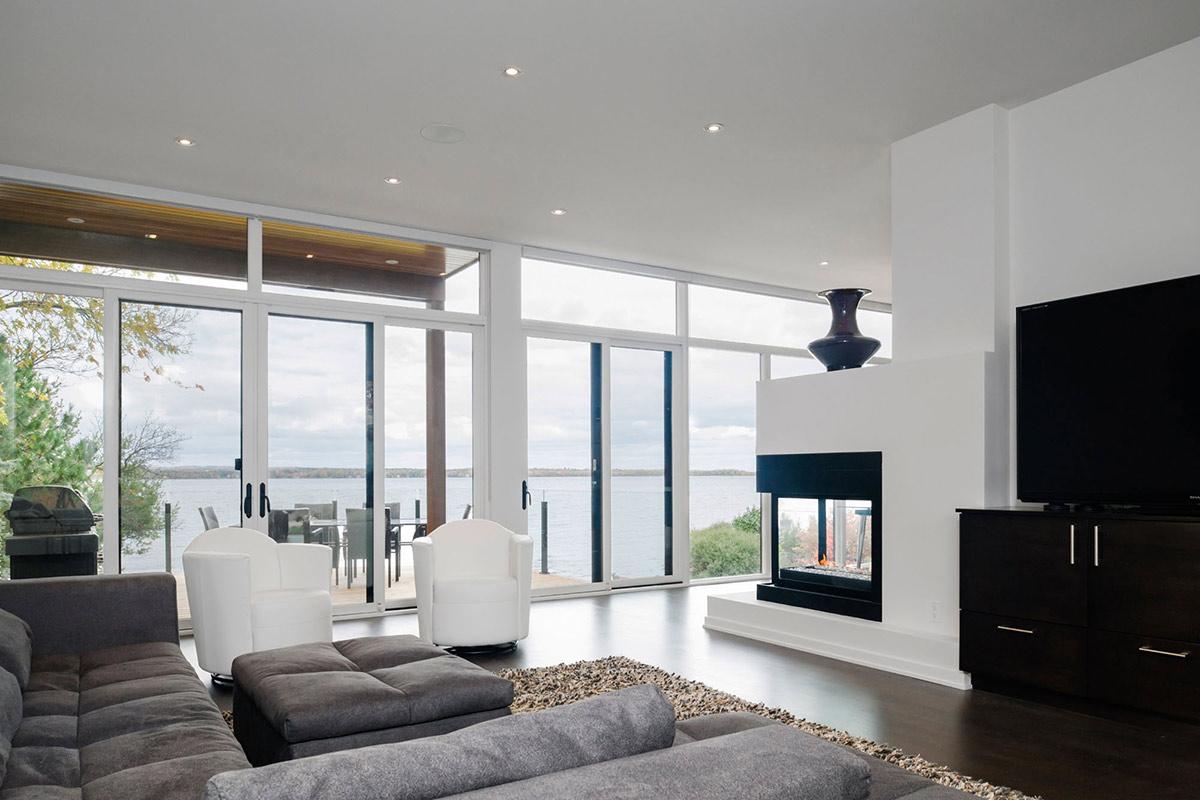 Riverside home in ottawa canada for Modern home decor ottawa