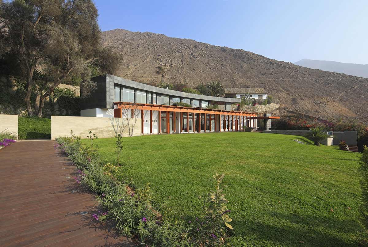 Garden, Summer Home in Lima, Peru