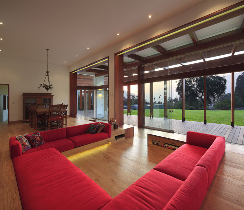 Red Sofas Living Space Summer Home In Lima Peru