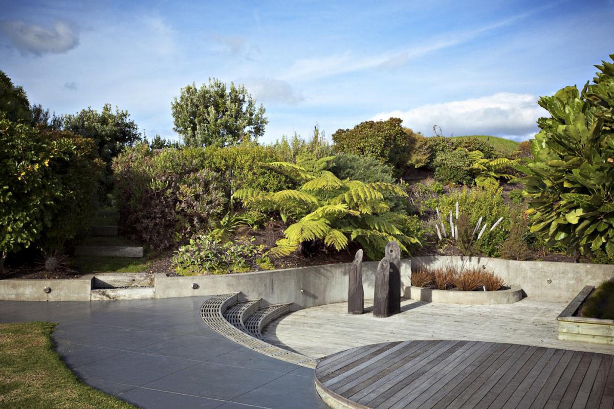 Deck, Elegant Contemporary Home in Te Horo, New Zealand