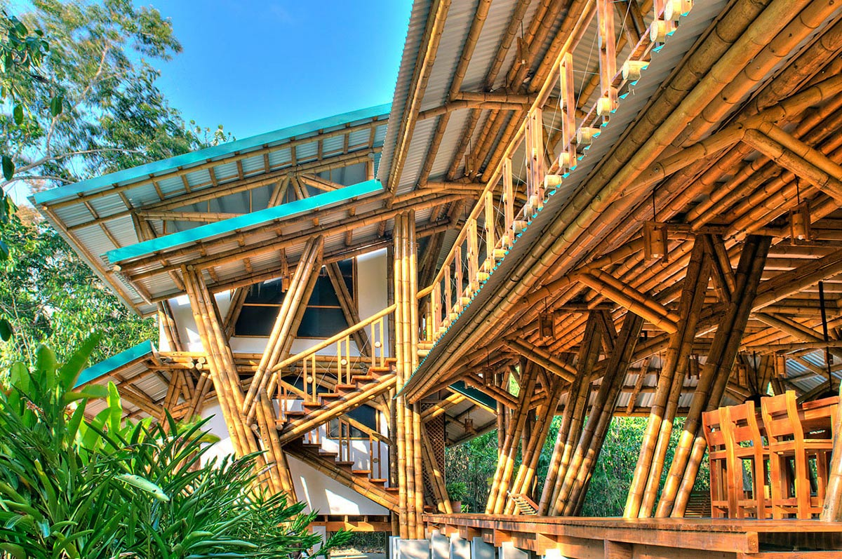 Bamboo Home, Unique Beachfront Vacation Home in Costa Rica