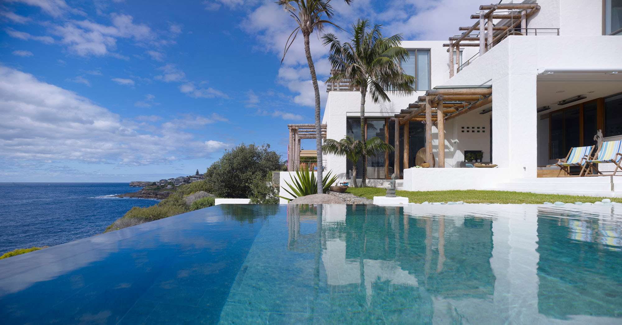 Infinity Pool, Beautiful Waterfront Home in Coogee, Australia