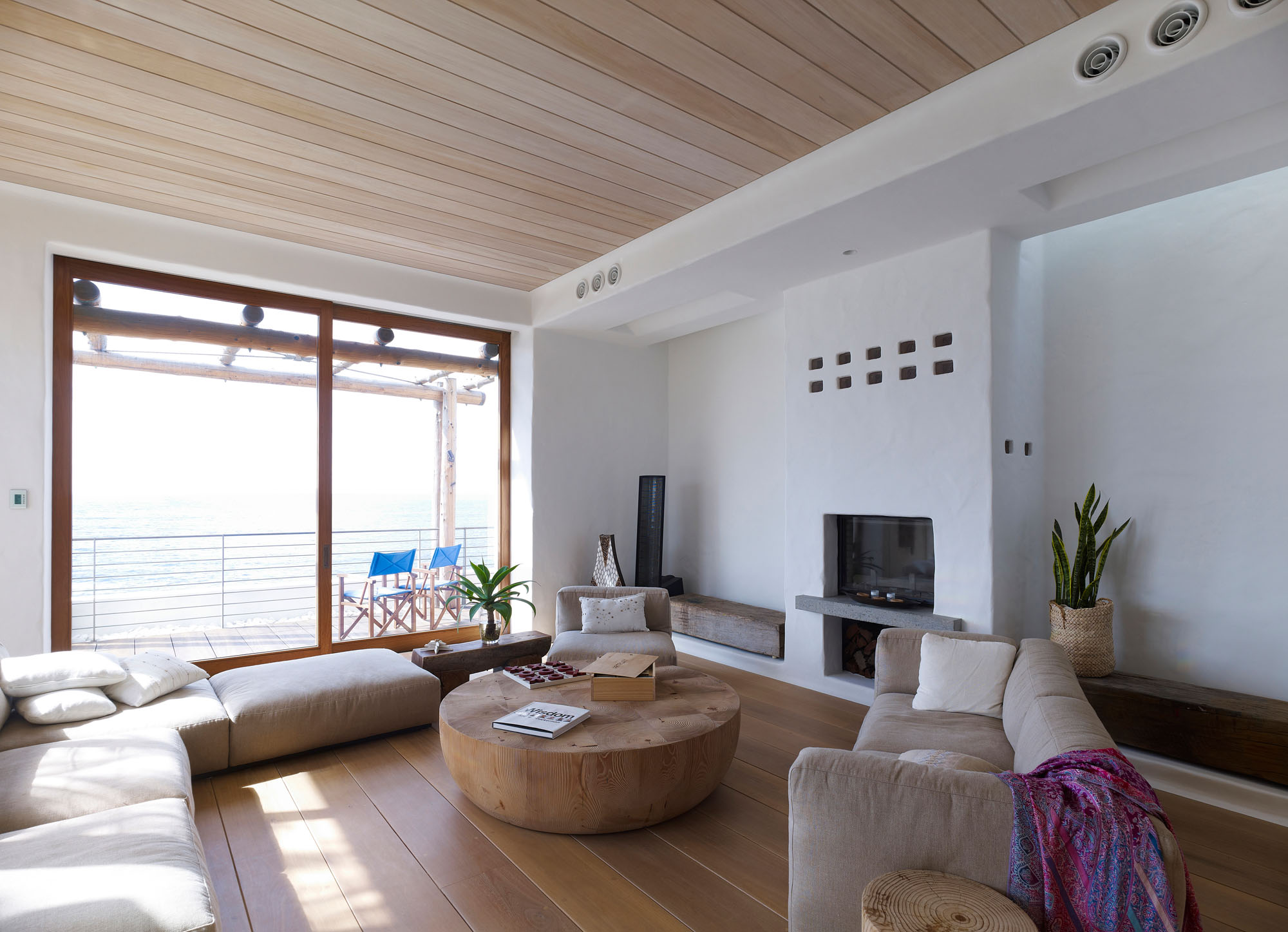 Living Space, Sofas, Beautiful Waterfront Home in Coogee, Australia