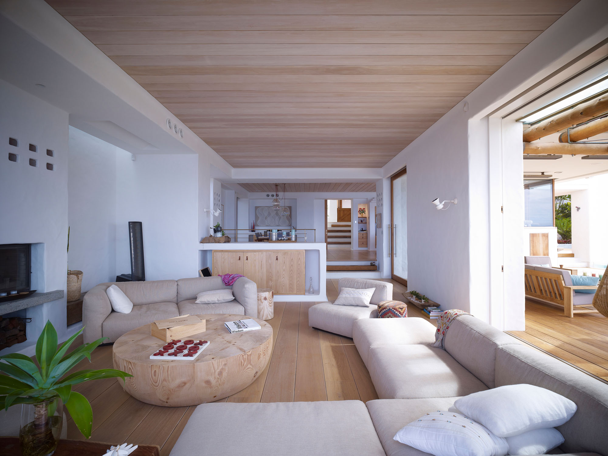 Living space wooden coffee table beautiful waterfront for Waterfront home designs australia