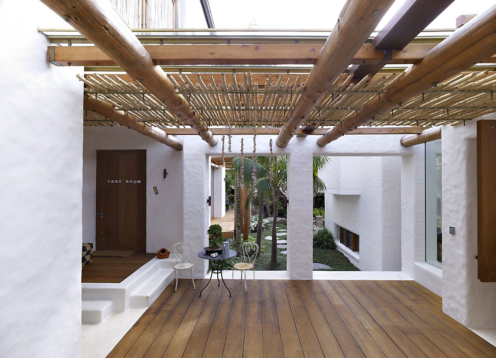 Terrace, Bamboo Roof, Beautiful Waterfront Home in Coogee, Australia