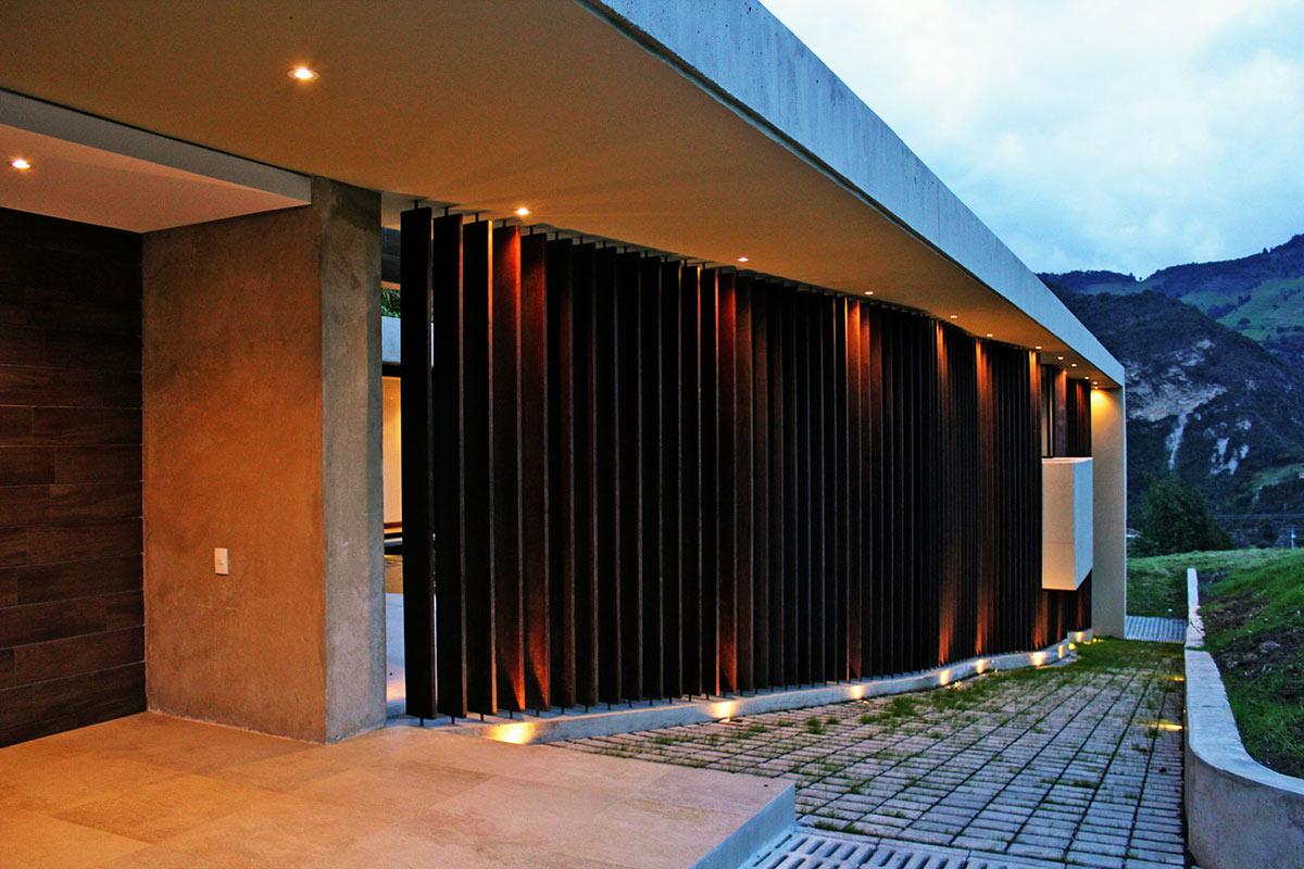AR House in La Calera, Colombia