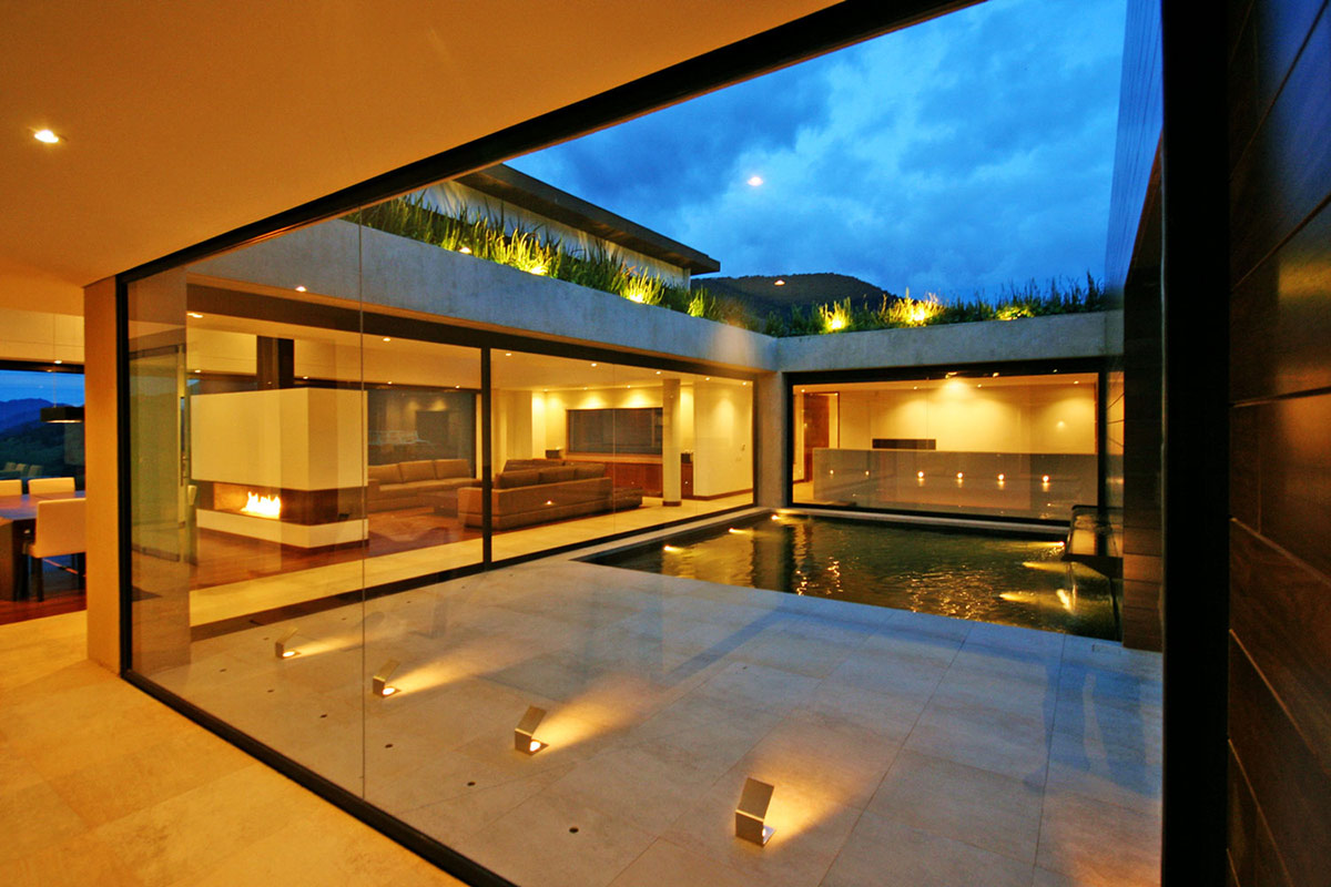 Courtyard, Lighting, Water Feature, AR House in La Calera, Colombia