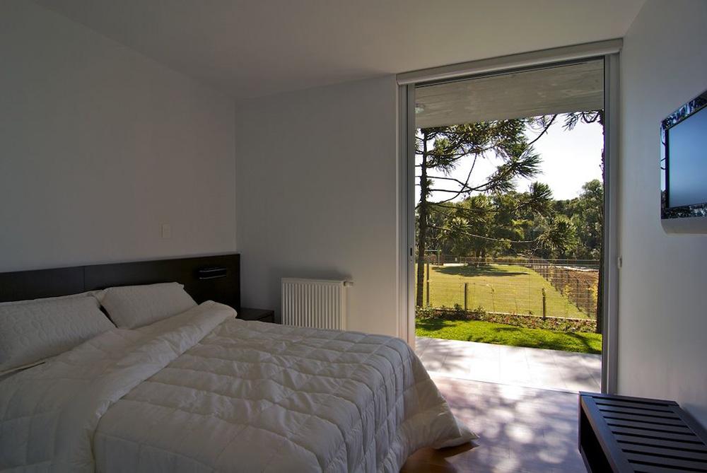 Bedroom, Modern Bungalow in Bento Gonçalves, Brazil