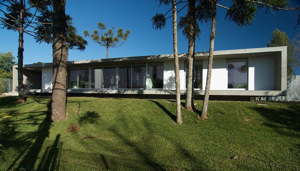 Garden, Modern Bungalow in Bento Gonçalves, Brazil