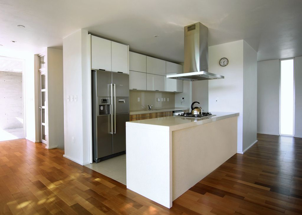 Kitchen, Modern Bungalow in Bento Gonçalves, Brazil