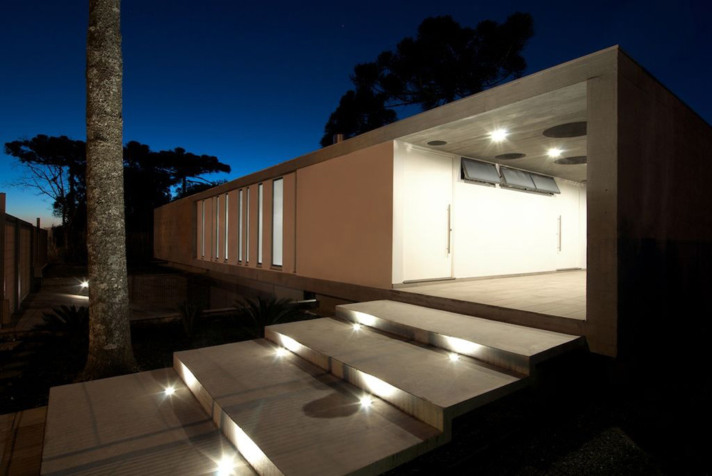Steps, Lighting, Modern Bungalow in Bento Gonçalves, Brazil