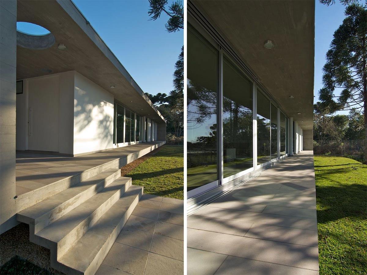 Steps, Patio Doors, Modern Bungalow in Bento Gonçalves, Brazil