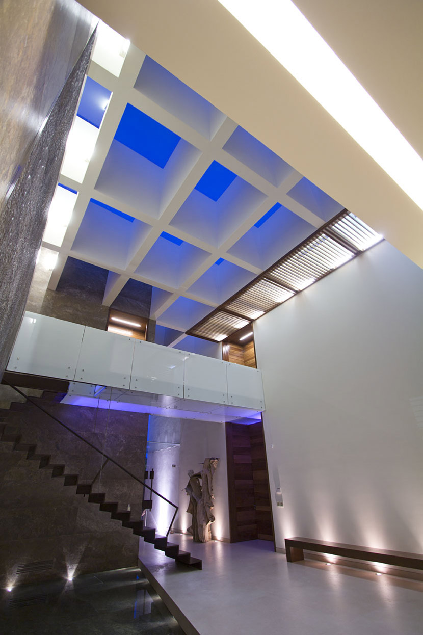 Indoor Water Feature, Modern Stairs, Landing, Modern Family Home in Zapopan, Mexico