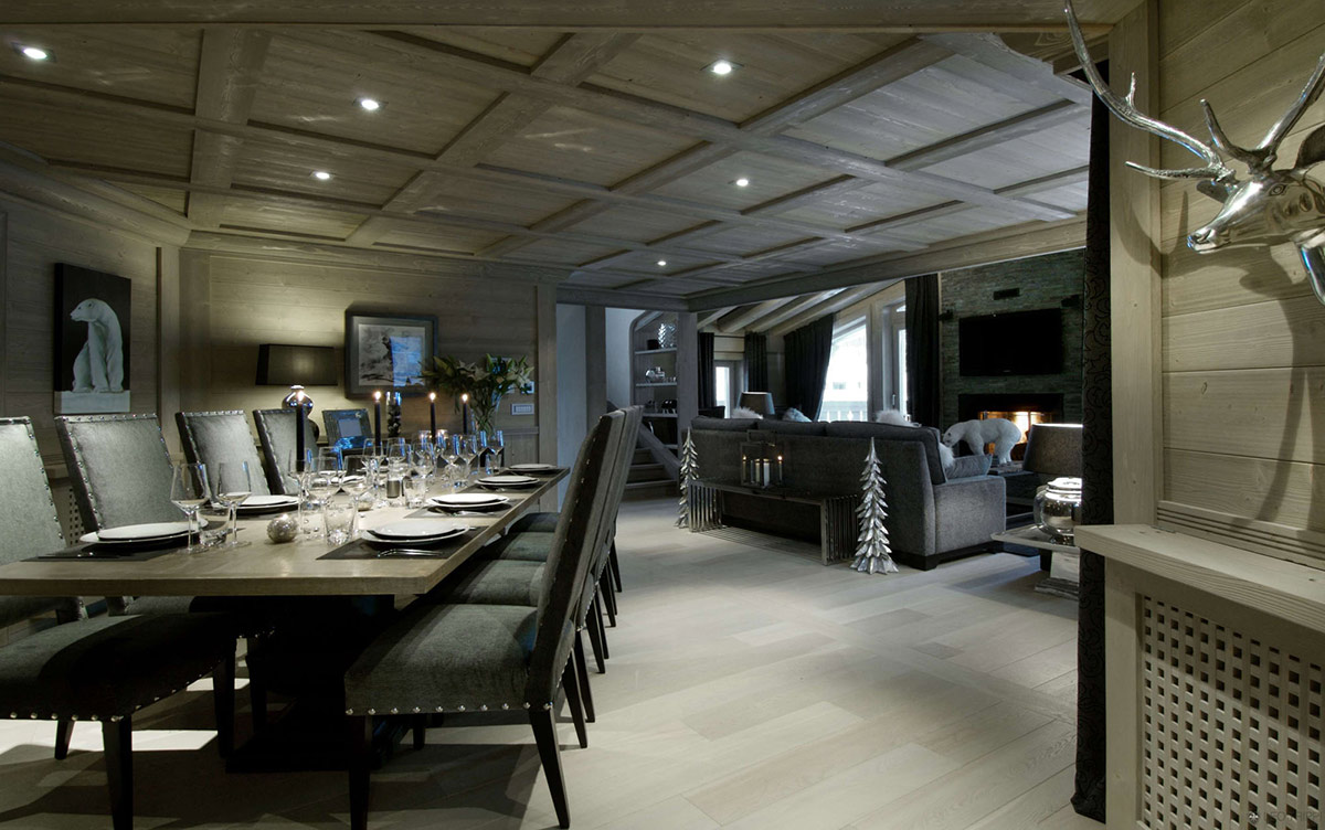 Dining Table, Chalet Black Pearl in Val d'Isère