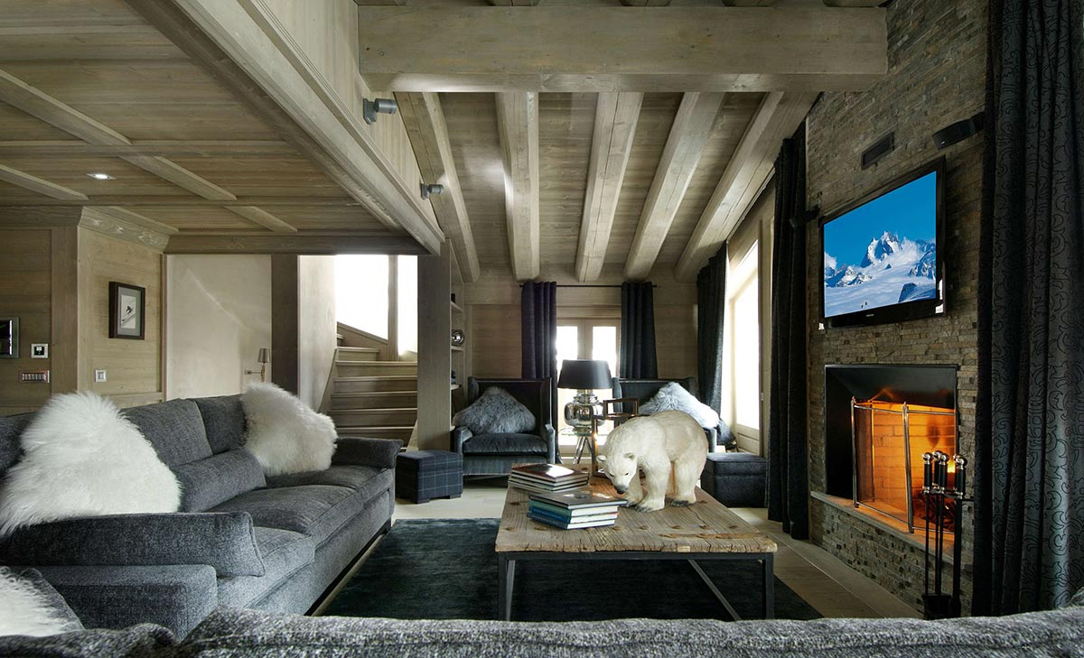 Grey Sofas, Fireplace, Coffee Table, Chalet Black Pearl in Val d'Isère