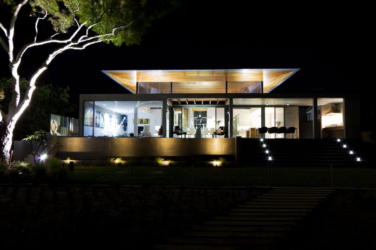 Garden Lighting, The 24 House in Dunsborough, Australia