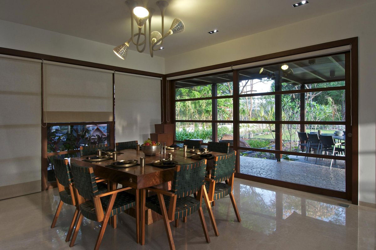 Dining Room, Courtyard House by Hiren Patel Architects