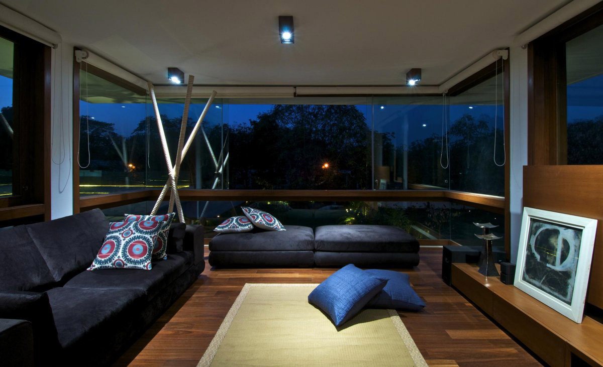 Living Space, Courtyard House by Hiren Patel Architects
